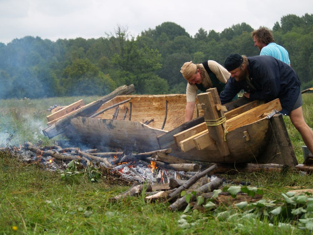 Expanding dugout canoe in Soomaa